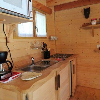 Cuisine tout équipée © Camping Municipal Le Bois des Alberts - Montgenèvre